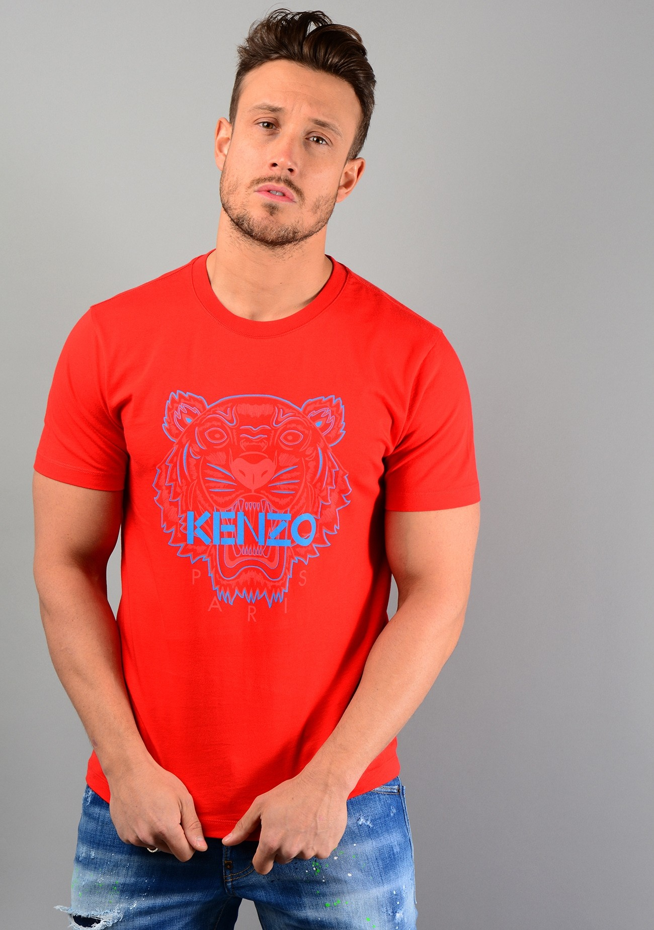 df3caf423072 Kenzo mens 5TS035 Tiger T-Shirt in red