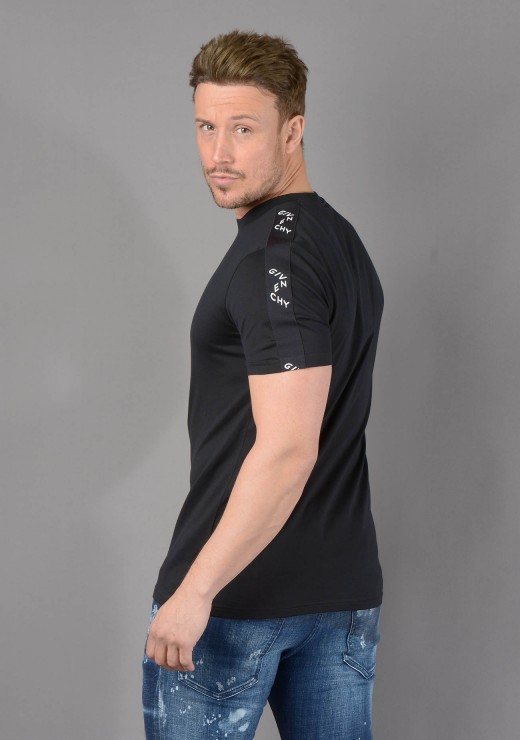 T-SHIRTS - BM71193002 T-Shirt in Black